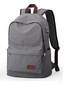 Nowoczesny plecak z miejscem na kabel USB. Idealny do szkoły lub na wycieczkę.