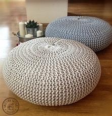 Poducha, siedzisko , pufa są duże, okrągłe i wygodne . Zaprojektowana przez p...