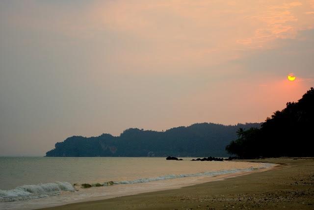 TAJLANDIA - dlaczego warto podróżować również do tych mniej popularnych miejsc. Artykuł po kliknięciu w zdjęcie.