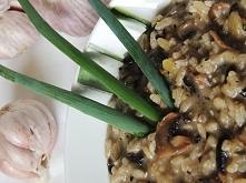 Proste risotto z pieczarkami   Risotto, to danie, którego głównym składnikiem...