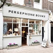 lokalna księgarnia