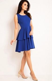 Awama A163 sukienka niebieska Elegancka sukienka, wykonana z jednolitej dzianiny, góra dopasowana