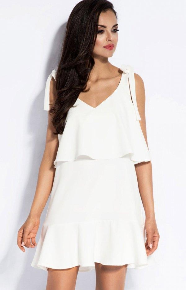 Dursi Lia sukienka biała Piękna sukienka, o rozkloszowanym fasonie, wykonana z gładkiej dzianiny