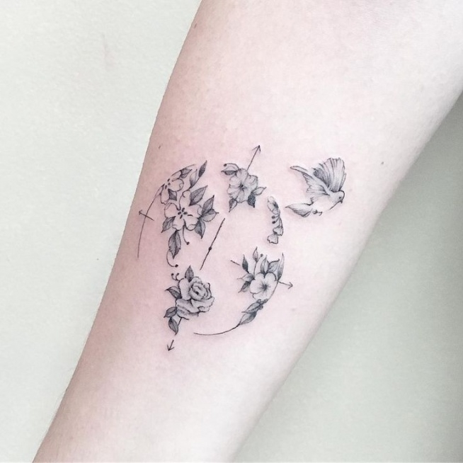 32 Best No Line Flower Tattoo Images On Pinterest: Kwiatowa Róża Wiatrów Na Tatuaże I Biżuteria