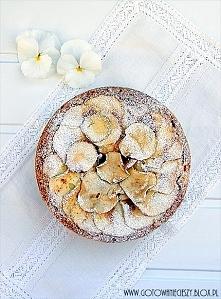Wilgotne ciasto kokosowo jabłkowe