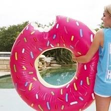 Donut do pływania :3