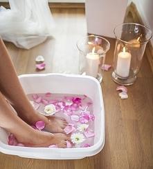 Peelingi, kremy, balsamy a może macie jakieś sprawdzone, domowe sposoby na piękne i gładkie stopy?