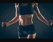 dobra dziewczyny zaczynam dzień 1-skakanka zaliczona ✔a tym co dzisiaj zaczynają przygode z sportem życze powodzenia :)