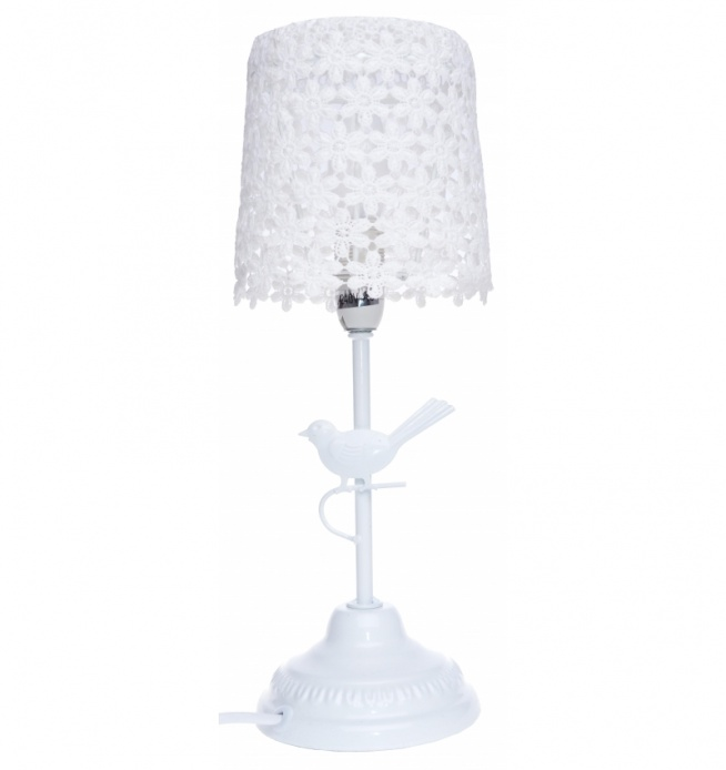 Wyjątkowo piękna i ozdobna lampa - lampka nocna do wystroju wnętrza. Lampa z ażurowym kloszem. Podstawa z ptaszkiem metal + mdf. Klampy: biały. Klosz lampy ażurowy. Doskonała jako lampka nocna,lampa do salonu lub do sypialni. Romantyczna piękna lampka nocna .