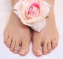 Piękne i zadbane stopy to podstawa.