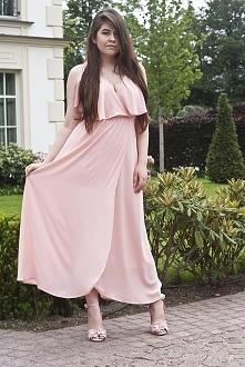 fashionbyfeather.com