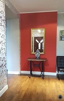 Efekt WOW w korytarzu za sprawą koloru i wzoru :) Zapraszam na blog