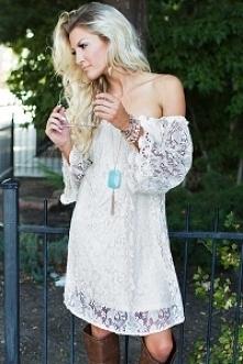 Sukienka koronkowa cudowna :) wystarczy kliknąć zdjęcie :)