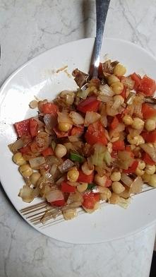 Ciecierzyca z warzywami - szybki obiad lub kolacja. Link poniżej.
