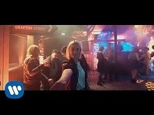 Ed Sheeran - Galway Girl [Official Video] - uwielbiam mogłabym słuchać bez końca
