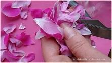 Perfumy z płatków róż przepis