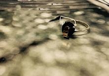 Pierścionek ze srebra i złota z cyrkonią Maria 174/1. Kliknij na zdjęcie aby ...
