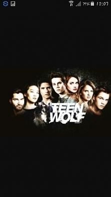 Nastoletni Wilkołak-Po ugryzieniu przez wilkołaka zwyczajny nastolatek odkrywa, iż posiada nadnaturalne umiejętności.