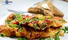 Omlet z chorizo i czerwoną ...