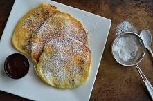 Placuszki z mascarpone i rodzynkami/ Pancakes with mascarpone cheese and raisins