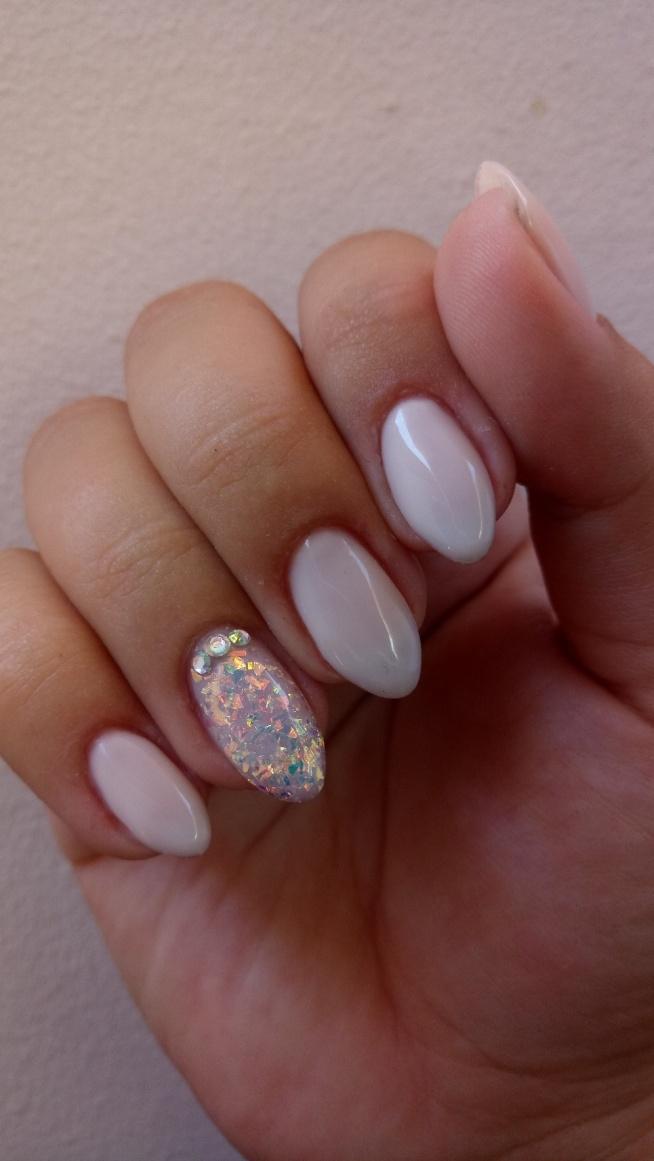 Opal na paznokciu :) Co myślicie?