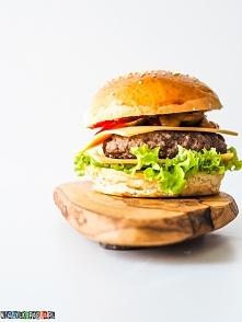 Najlepszy domowy cheeseburger, przepis po kliknięciu w zdjęcie