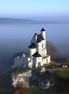 Zamek w Bobolicach - Jura Krakowsko-Częstochowska  Został zbudowany w połowie XIV wieku przez króla Kazimierza Wielkiego. Warownia była elementem całego systemu obronnego Orlich...