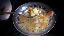 Przepis na lekką zupę z białą fasolką po kliknięciu w zdjęcie...