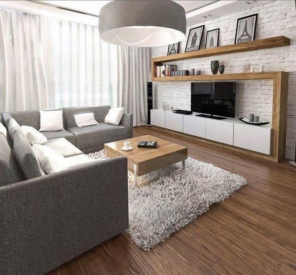 Salon z elementami drewna