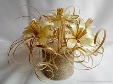 Kwiaty ze słomy żytniej prasowanej