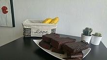 Batony czekoladowe na bazie fasoli o wysokiej zawartości białka.  Niszczą pod...
