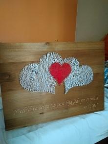 I drugie podejście, wręczone jako prezent ślubny. Duże serca są pociągnięte s...