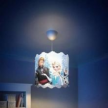 FROZEN 71751/01/16 Philips lampa wisząca  Opracowana przez firmy Philips i Disney lampa wisząca Frozen wyróżnia się zwariowanymi wyciętymi kształtami, które rzucają ciekawe wzor...
