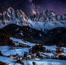Dolomity nocą  Pic. Caterina Rossi