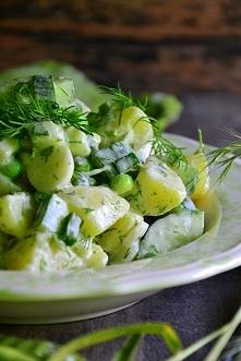 Zielona wiosenna sałatka przepis po kliknięciu w zdjęcie :)) nie jestem autorem bloga ani przepisu