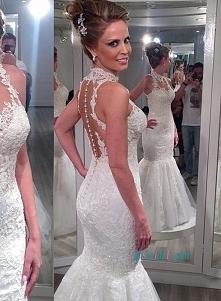 Sexy suknia ślubna koronki