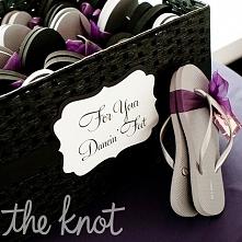 Buty na zmianę dla gości.