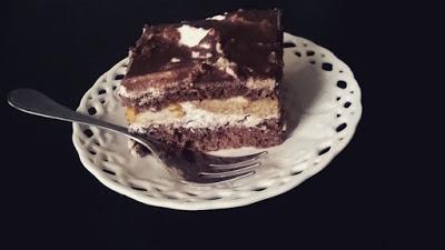 Wilgotne ciasto z alkoholem o smaku kukułki :)