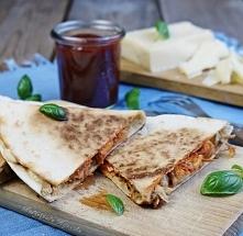 Jak przygotować meksykańską quesadillę z szarpaną wieprzowiną, serem cheddar ...