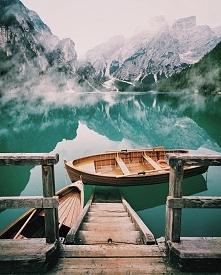 Lago di Braies, Italy // ph...