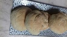 Pączki z piekarnika wraz z ciekawym nadzieniem. Przepis po kliknęciu w zdjęcie.