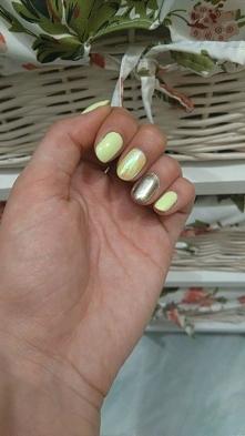 Nowy wakacyjny manicure :3 ...