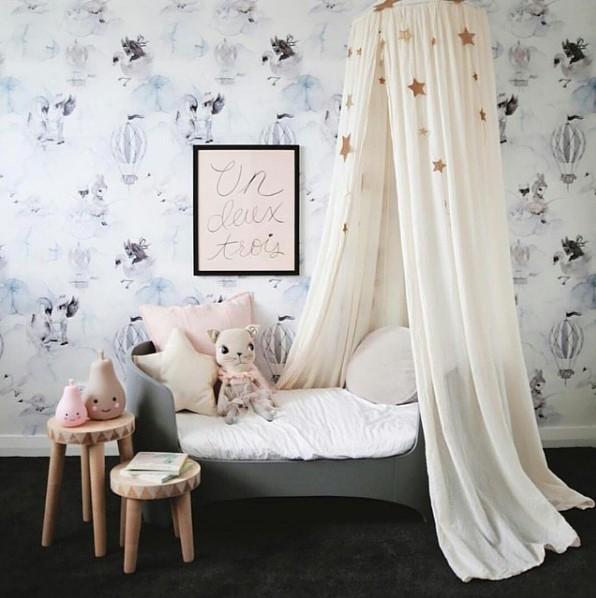 łóżko Z Baldachimem To Marzenie Każdej Dziewczynki Na Domek