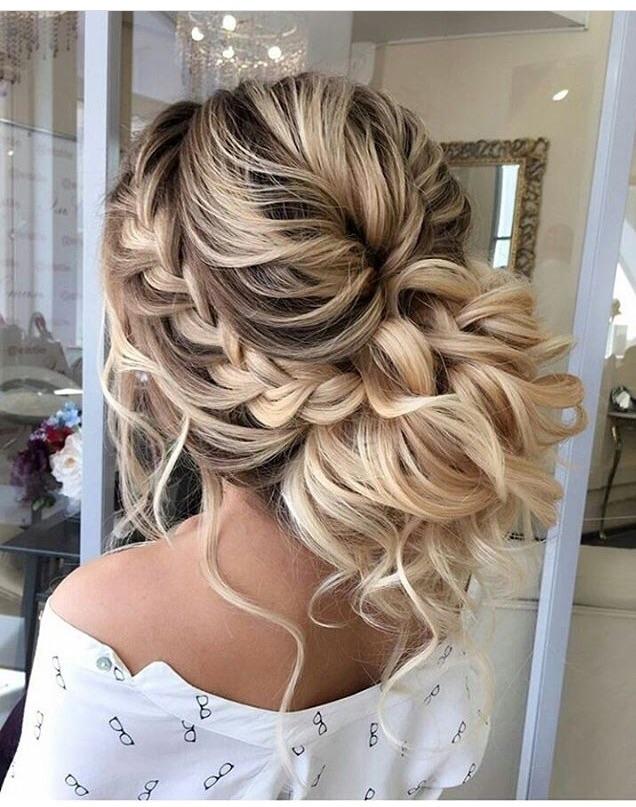 Piękne Nowoczesne Upięcie Na Fryzury Upiecia Włosy