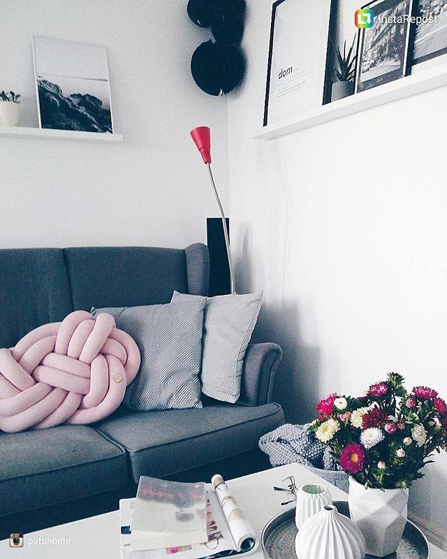 #pink #poduszka #poduszki #knotpillow #poduszkasupel #poduszkasupeł #design #knotpillow #knotpillows #salon #dodatki #dodomu #interiordesign #wystrojwnetrz #wystrój #wnetrza #home #love #mieszkanie #inspiracje #2017 #brudnyróż #musthave #padideko