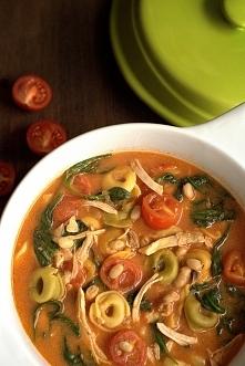 Zupa z tortellini i szpinakiem. Link z przepisem w komentarzu