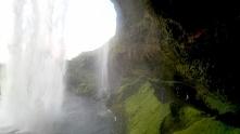 Przepiękne wodospady tylko w Islandii - więcej na blogu SYNERGIA PRZYJEMNOŚCI