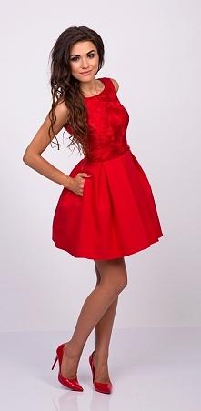 ARIANA - Rozkloszowana sukienka z kieszeniami czerwona Kliknij w zdjecie by p...