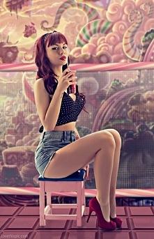 retro girl .