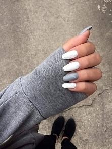NEONAIL CZY SEMILAC? Hej mam do Was pytanie. Chcę zacząć robić paznokcie hybrydowe w domu. Nie wiem jakie lakiery wybrać. Słyszałam, że semilac uczula, jakie Wy macie doświadczenia z tymi lakierami? I jaką bazę polecacie: witaminową, czy zwykłą?